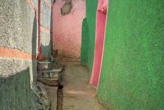 Barevné uličky starobylého města Harar.