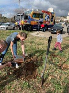 Sázení prvního památečního stromu – Velvyslanectví ČR v Černé Hoře, Podgorica